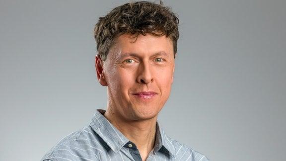 Moderator Peter Neumann