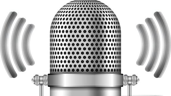 Gezeichnetes Mikrofon in Retrooptik, darunter der Schriftzug ''Podcast''.