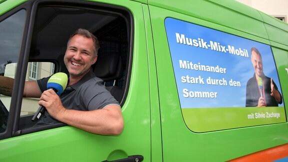 Silvio Zschage im Musikmixmobil