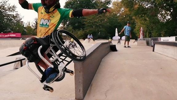 Til Augustin will Weltmeister im Rollstuhl-Skating werden.