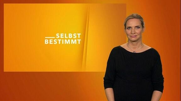 Gebärdensprachdolmetscherin Antje Seifert im Studio für Selbstbestimmt - Das Magazin mit Gebärdensprache