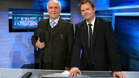 Die MDR-Polit-Satire Kanzleramt Pforte D mit Lothar Bölck & Michael Frowin