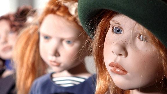 Nicole Menzners Puppen