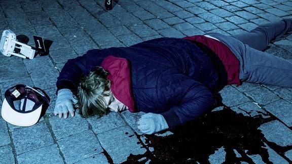 Simson (Merlin Rose) ist tot.