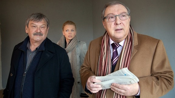 Wolfgang Winkler, Isdabell Gerschke und Jaecki Schwarz (von Links) als die drei Hauptkommissare Schneider, Lindner und Schmücke