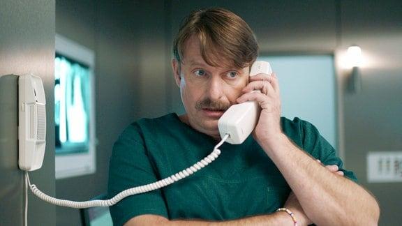 Peter Trabner als Rechtsmediziner Dr. Falko Lammert