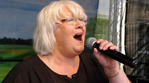 Christine Wachholz beim Schlagerfest