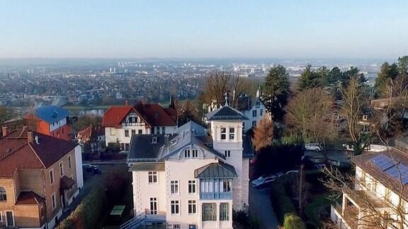 Blick über Dresden und die Praxis von Dr. Mannick.