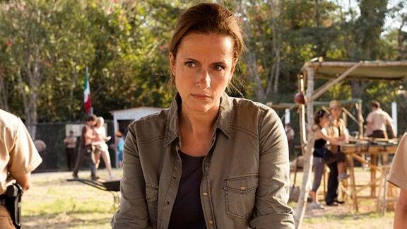 Die Archäologin Katja Bennecke (Claudia Michelsen)