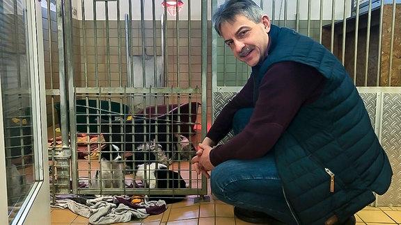 Leipziger Tierheimleiter Michael Sperlich kümmert sich auch um beschlagnahmte Welpen