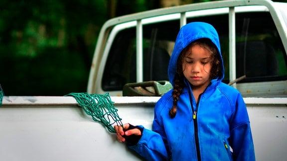 Die kleine Marie (Ghisele Gaskin) merkt, dass etwas nicht stimmt.