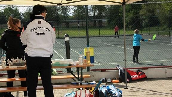 Die Hessener Tennisdamen beim Spiel