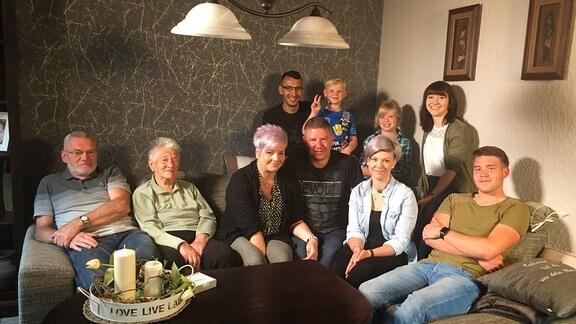 Mehrgenerationenfamilie Groß