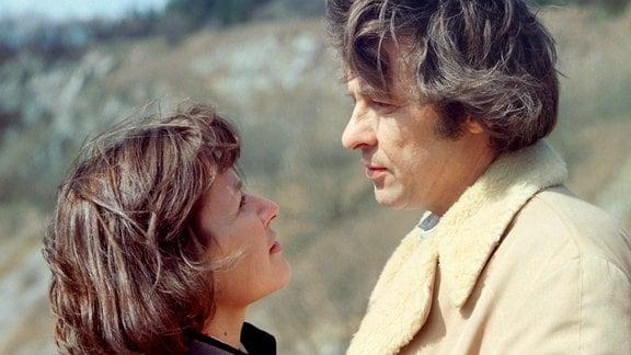 Ezard Haußmann (Heinz Langwitz) und Lissy Tempelhof (Irmgard Kraßmann)
