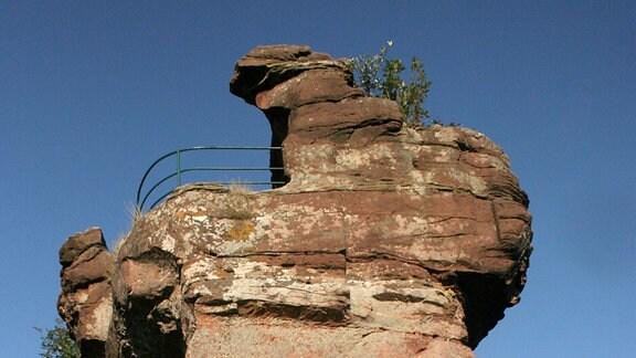 Die markante Ruine Drachenfels