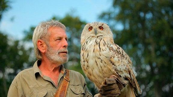 Falkner Ralf und Uhu Bubu