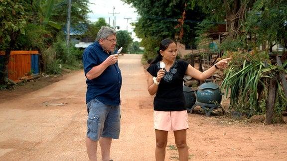 In Thailand fühlt Dieter sich wohl – vor allem mit Tukta.
