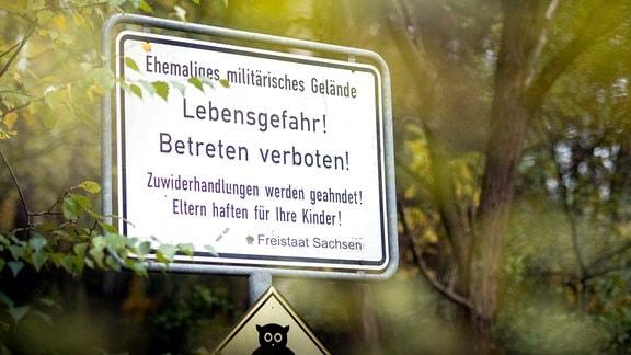 Warnschild; Gebiet um Zeithain - ehemaliges Militärgelände