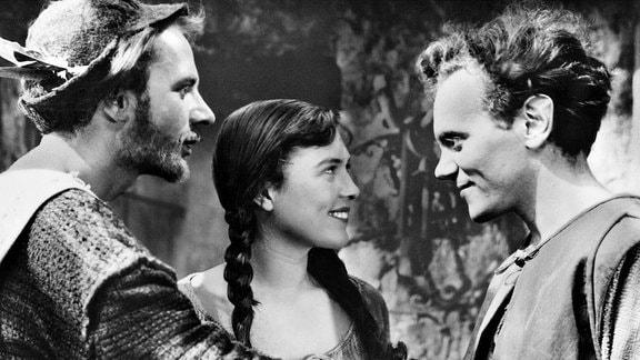 Schulze Bangebös (Werner Peters), Anne (Eva Katthaus), Jörg (Hans-Peter Minetti).