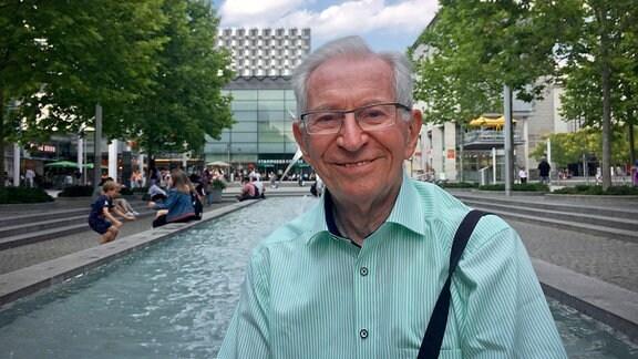Hans-Joachim Dietze auf der Prager Straße