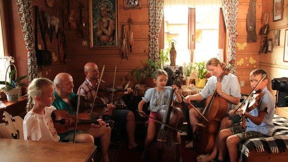 Familie Koszarek musiziert