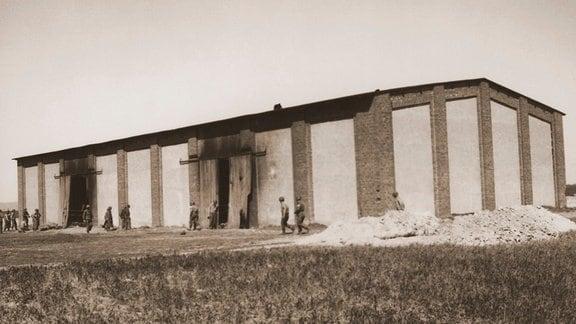 Die Isenschnibber Feldscheune 1945.