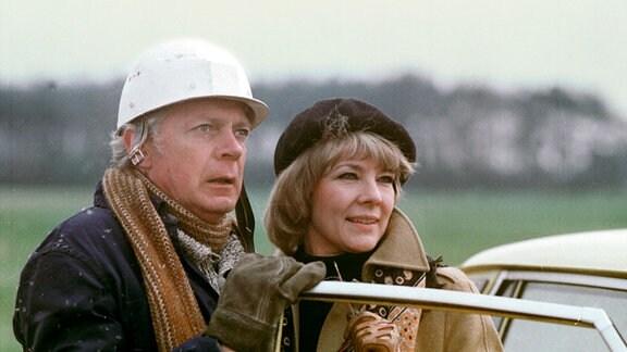 Bauherr Ralf Keul (Rolf Herricht) und seine Frau (Annekathrin Bürger)