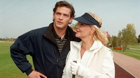Lukas (Tom Mikulla) und Marie (Dorit Gäbler).