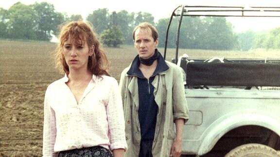 Sieghart (Ulrich Mühe) ist fasziniert von Ena (Ulrike Krumbiegel) und gesteht ihr seine Liebe. Doch sie weist ihn zurück.