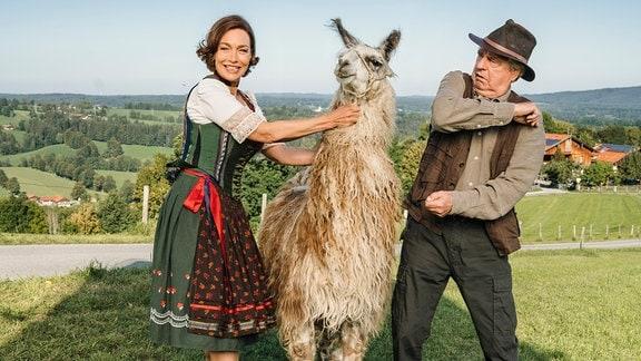 Der Schlagabtausch zwischen Pensionswirtin Sophie (Aglaia Szyszkowitz) und ihrem Dauergast Barthl (Friedrich von Thun) geht weiter...