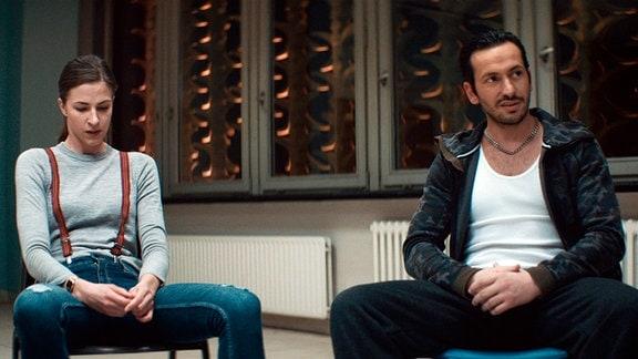 Emma (Natalia Belitski) und Frank (Arnel Taci)