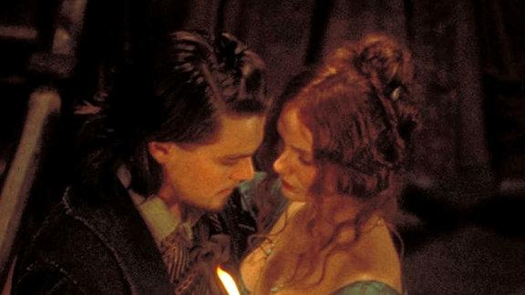 Ein Traumpaar der Unterwelt: der dreiste Gangster Amsterdam Vallon (Leonardo DiCaprio) und die schöne Diebin Jenny Everdeane (Cameron Diaz).