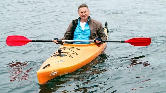 Moderator Axel Bulkthaupt auf dem Cospudener See