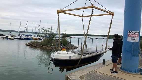 Der Hainer See ist eines der Gewässer im Leipziger Neuseenland, wo Motorboote gefahren werden dürfen.
