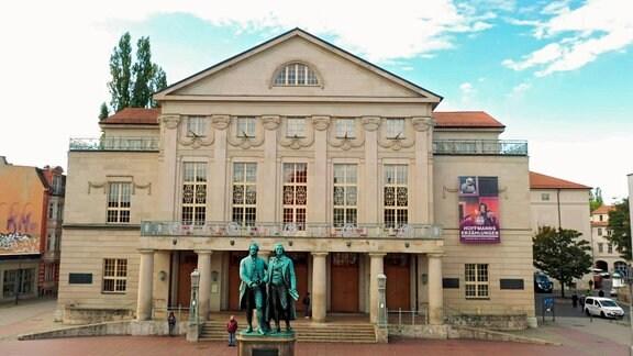 Im Weimarer Nationaltheater tagte 1919 die Nationalversammlung. Hier wurden die Grundlagen für die Landesgründung Thüringens beschlossen.