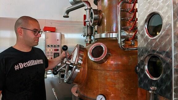 Destillateur bei Augustus Rex