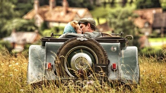 Die große Liebe: Robin (Andrew Garfield) und Diane (Claire Foy).