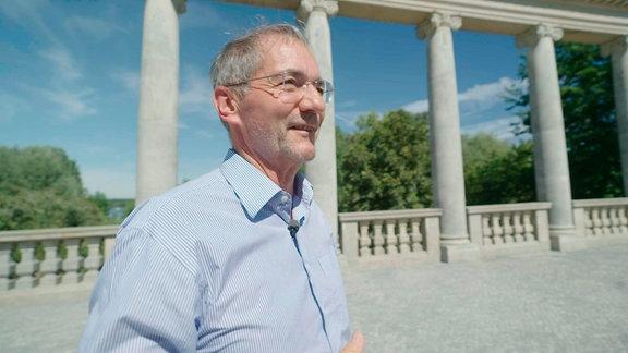 Matthias Platzeck an der Glienicker Brücke
