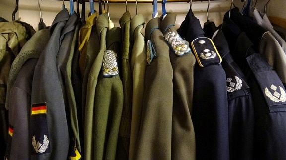 Uniformen von Wolfgang Wegerich