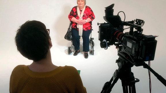 """Körperspenderin Eva-Maria H. (80) im Interview: """"Wenn Leute, die viel klüger sind als ich, mich um Hilfe bitten, mich brauchen, dann bin ich stolz!"""""""