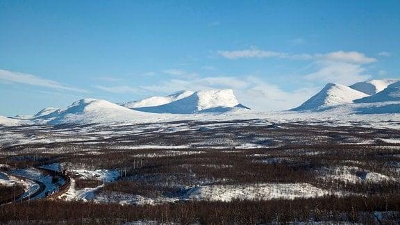 Lapporten - die bekannteste Bergsilhouette Lapplands.