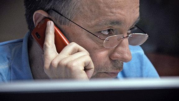 Investigativ-Journalist Catalin Tolotan deckte unfassbare Machenschaften im rumänischen Gesundheitssystem auf.