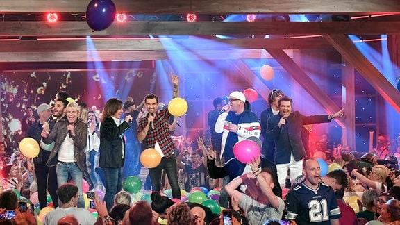 (v.l.n.r.) Giovanni Zarella, Matthias Reim, Jürgen Drews, Florian Silbereisen, DJ Ötzi, Thomas Anders.