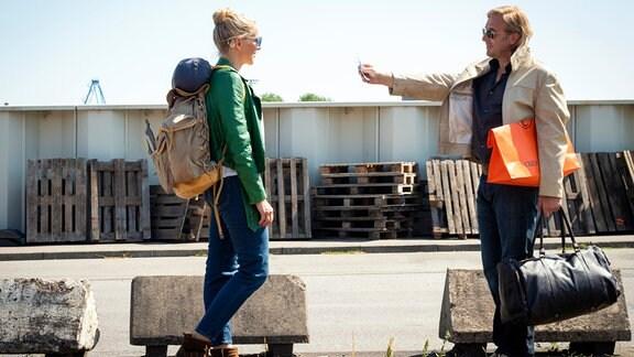 Veronika (Tanja Wedhorn) und Piet (Heino Ferch) haben etwas nachzuholen.