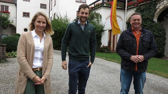 Schloss Kronburg  Carolin Freiin und Maximilian Freiherr von Vequel-Westernach