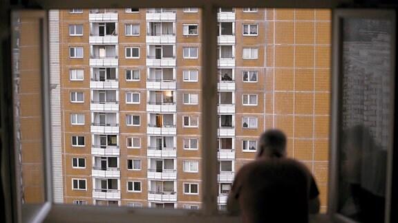 Ausblick aus einer der vielen Sozialbauwohnungen in Dresden Prohlis.