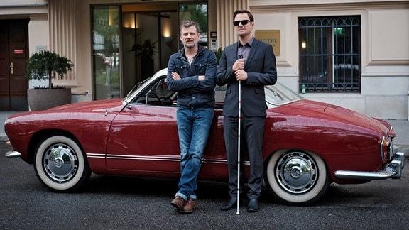 Ein neuer Fall für den blinden Ex-Kommissar Alexander Haller und seinen Chauffeur Niko.
