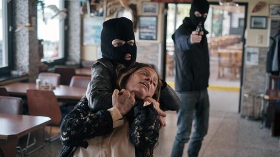 Sophie ist in der Gewalt der Entführer.
