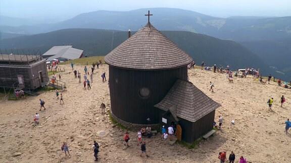 Die Laurentiuskapelle auf der Schneekoppe.