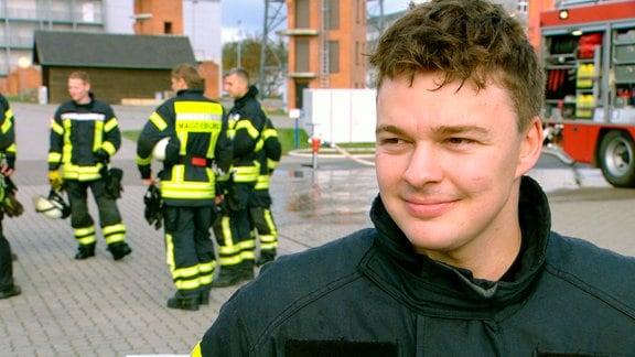Feuerwehrschüler Gino Kuhn nach Löschübung